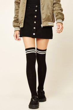 2135e154a1d64c408ffae42125073db6--cable-knit-socks-over-knee-socks